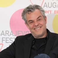 Danny Huston,
