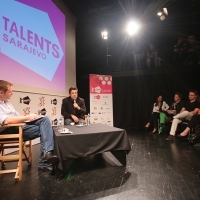 TRIGGERS OF CINEMATIC CURIOSITY, Master class by Benicio Del Toro, moderated by Mike Goodridge, ASU Open Stage, Academy of Performing Arts, 21. Sarajevo Film Festival, 2015 (C) Obala Art Centar