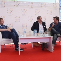 Coffe with... director Whit Stillman and actor Tom Bennett, LOVE & FRIENDSHIP, moderated by Mike Goodridge, former journalist and CEO of London-based Protagonist Pictures, Open Air Programme, Festival Square, 22. Sarajevo Film Festival, 2016 (C) Obala Art Centar