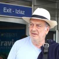 Stephen Frears, recipient of the Honorary Heart of Sarajevo, Open Air Programme, Sarajevo International Airport, 22. Sarajevo Film Festival, 2016 (C) Obala Art Centar