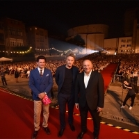 Alban Ukaj and Pawel Pawlikowski with Mirsad Purivatra, Raiffeisen Open Air Cinema, 24th Sarajevo Film Festival, 2018 (C) Obala Art Centar