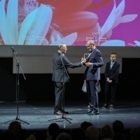 Mirsad Purivatra and Nijaz Hastor, Recipient of Honorary Heart of Sarajevo, Opening Ceremony, National Theatre, 24th Sarajevo Film Festival, 2018 (C) Obala Art Centar